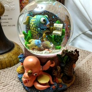 Musical Sea Snow Globe